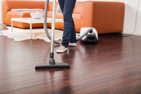 5 Tips on Choosing A House Cleaning Service